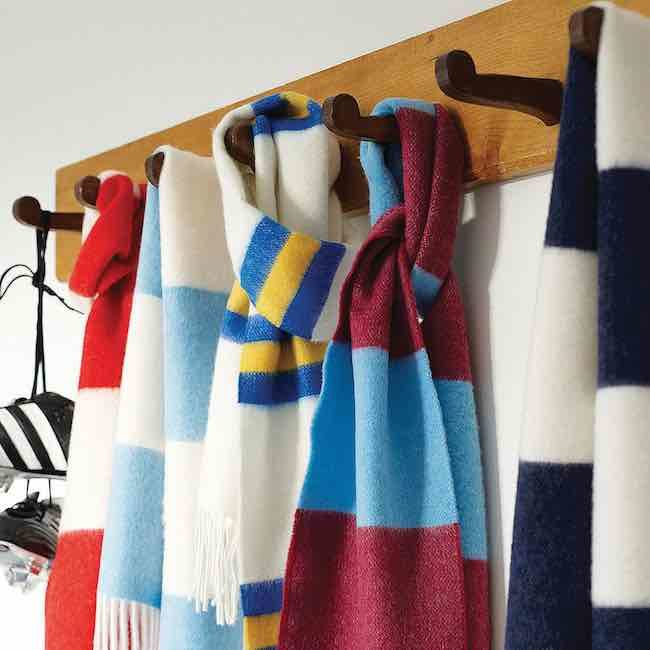 Football Christmas Gifts: Savile Rogue football scarf